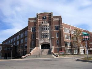 Iowa_Ottumwa_High_School_facade